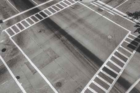 crossing crossroad street